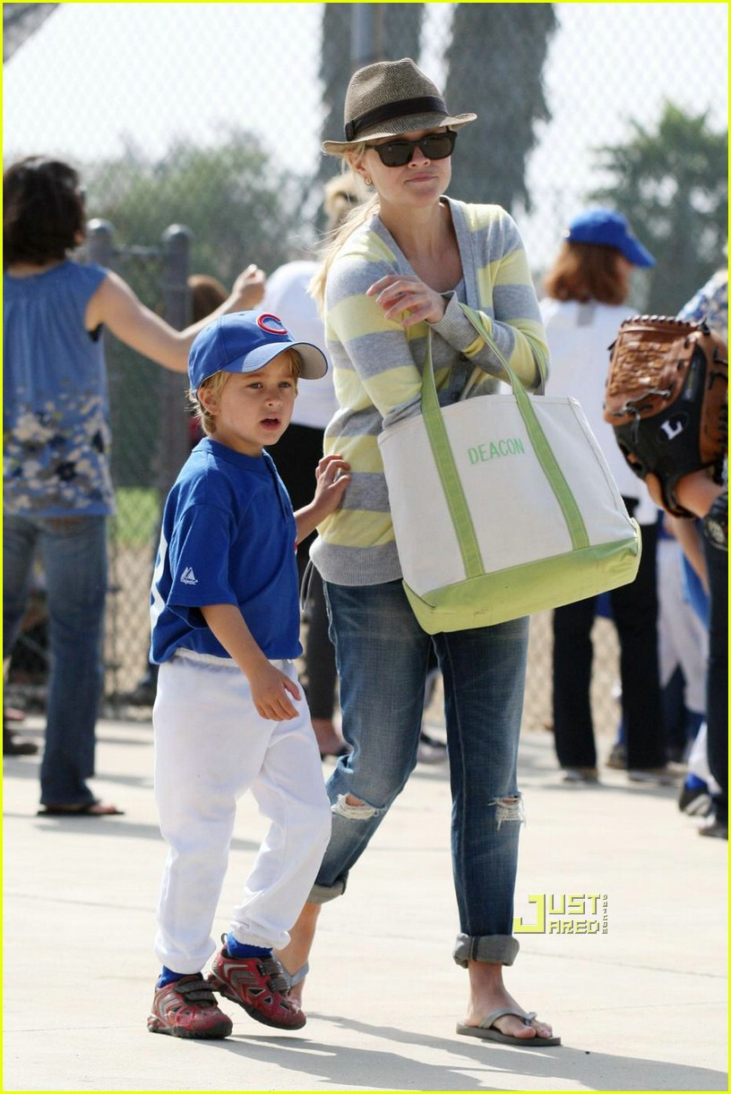 reese witherspoon little league 07