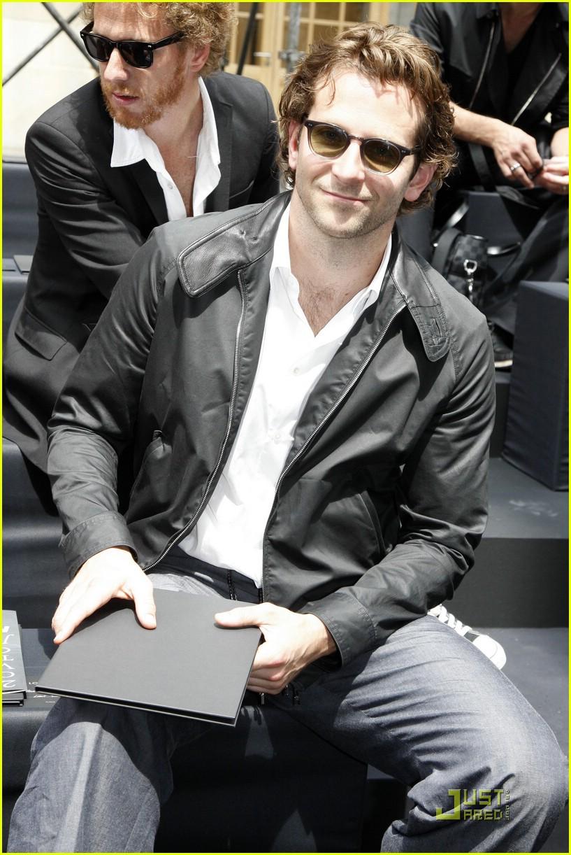 Bradley Cooper Jennifer Aniston Is Just A Friend Photo