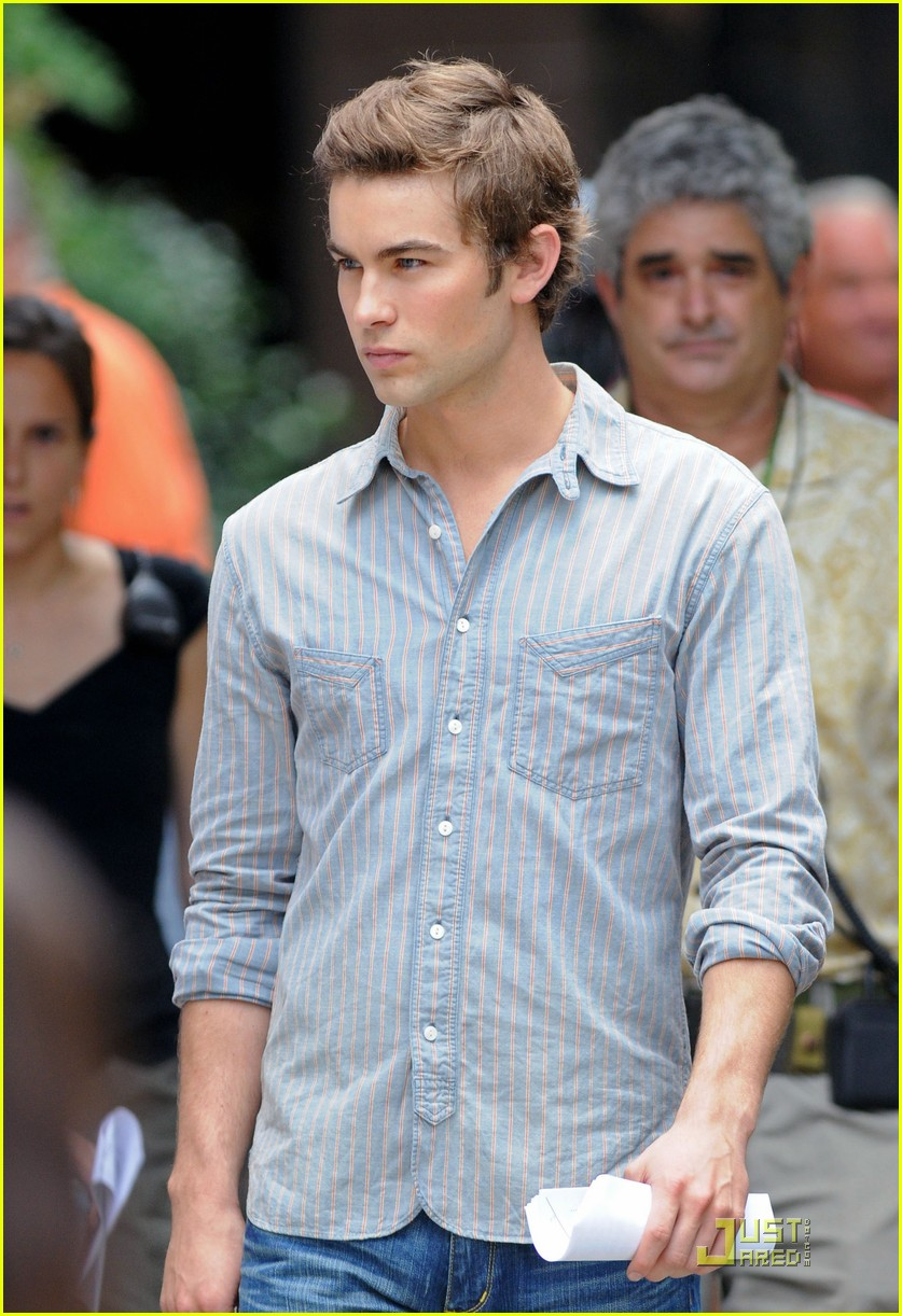 chace crawford back set 01