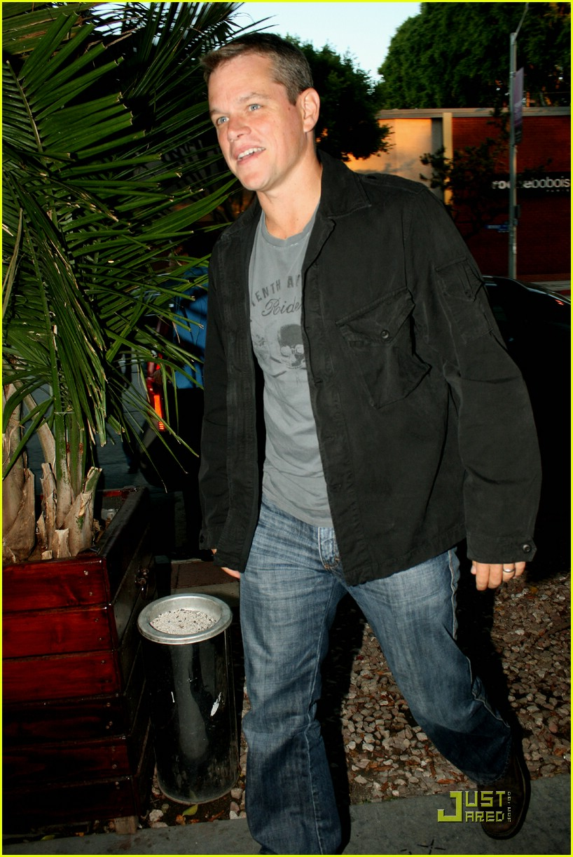 matt damon dinner date 02