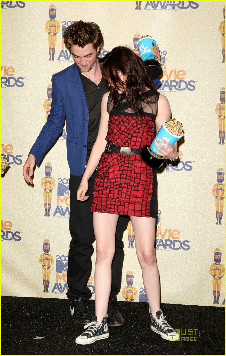 robert pattinson mtv movie awards 2009 19