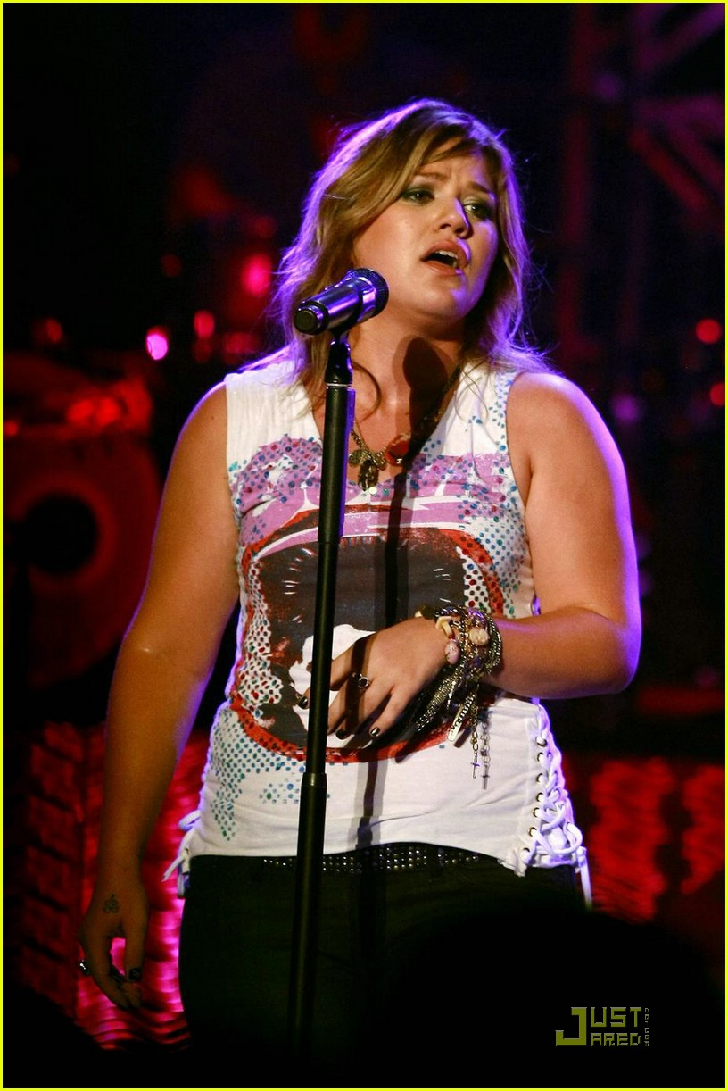 kelly clarkson orange county fair 09