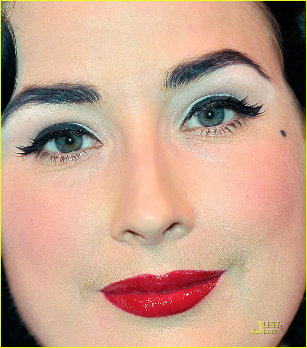 Dita Von Teese Is A Martini Glass Girl: Photo 2069152  Dita Von Teese  Pictures  Just Jared