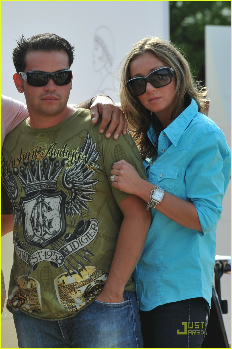 jon gosselin girlfriend st tropez 01