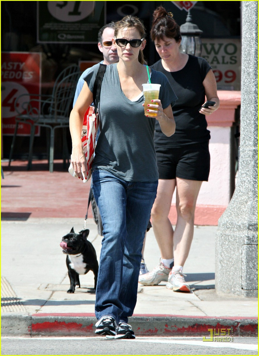 jennifer garner grapes 12