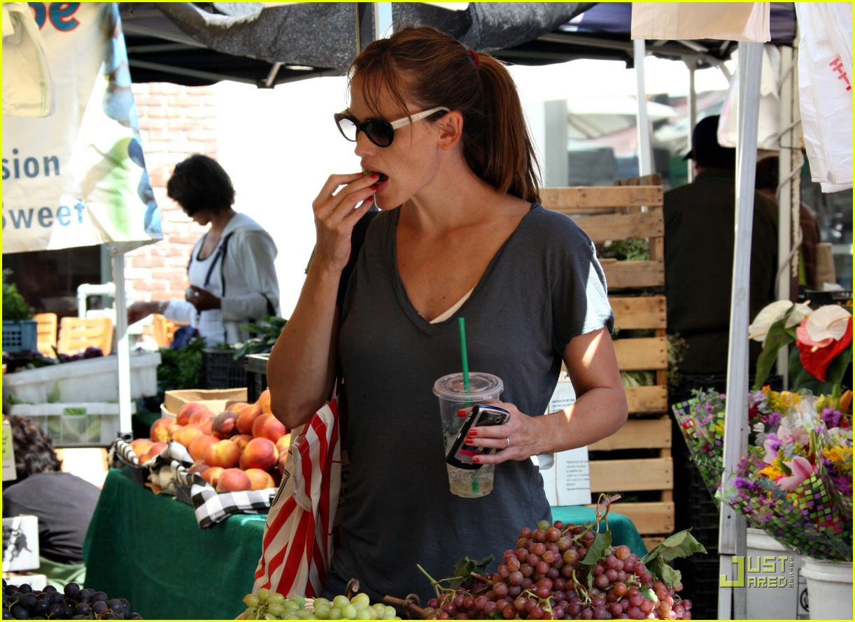 jennifer garner grapes 21