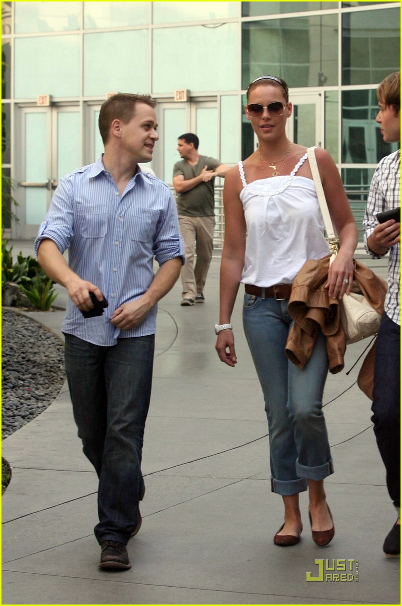 Full Sized Photo of katherine heigl tr knight ugly weekend ... Katherine Heigl