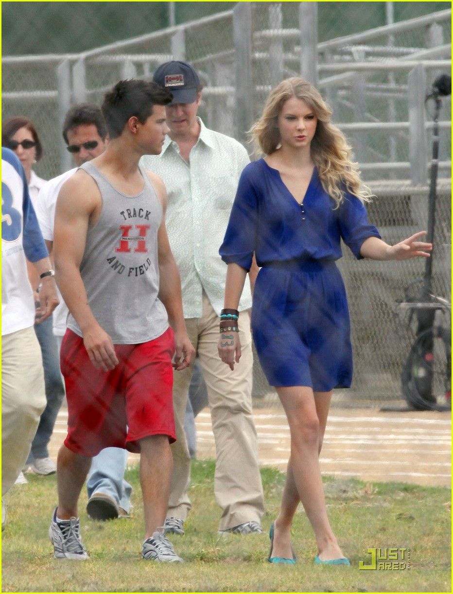taylor lautner taylor swift valentines day 22