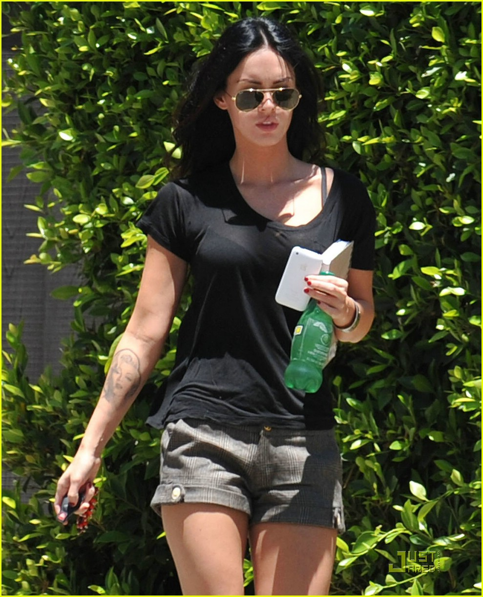 megan fox house hunting 04