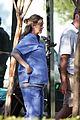 ellen pompeo pregnant scrubs 09