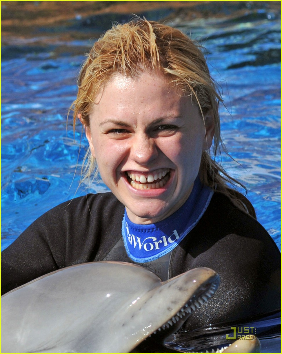 anna paquin stephen moyer seaworld 02