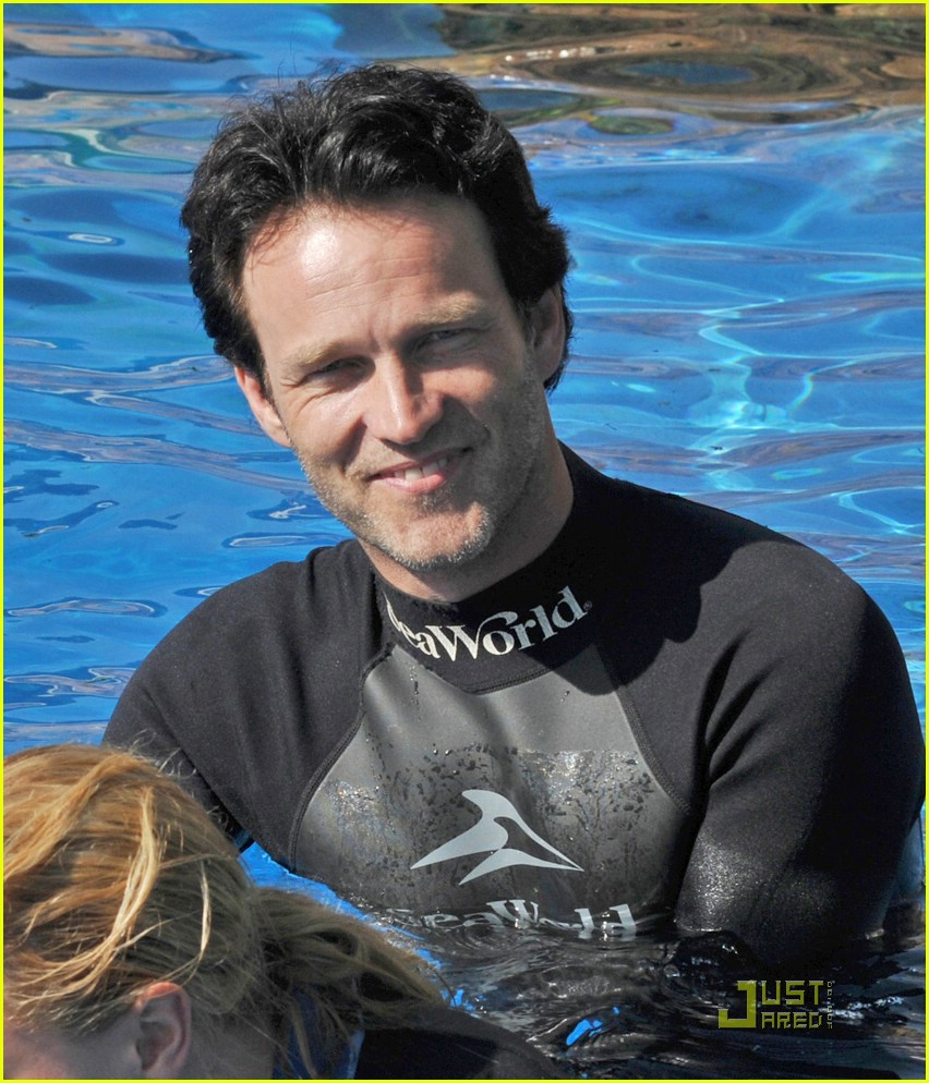 anna paquin stephen moyer seaworld 06