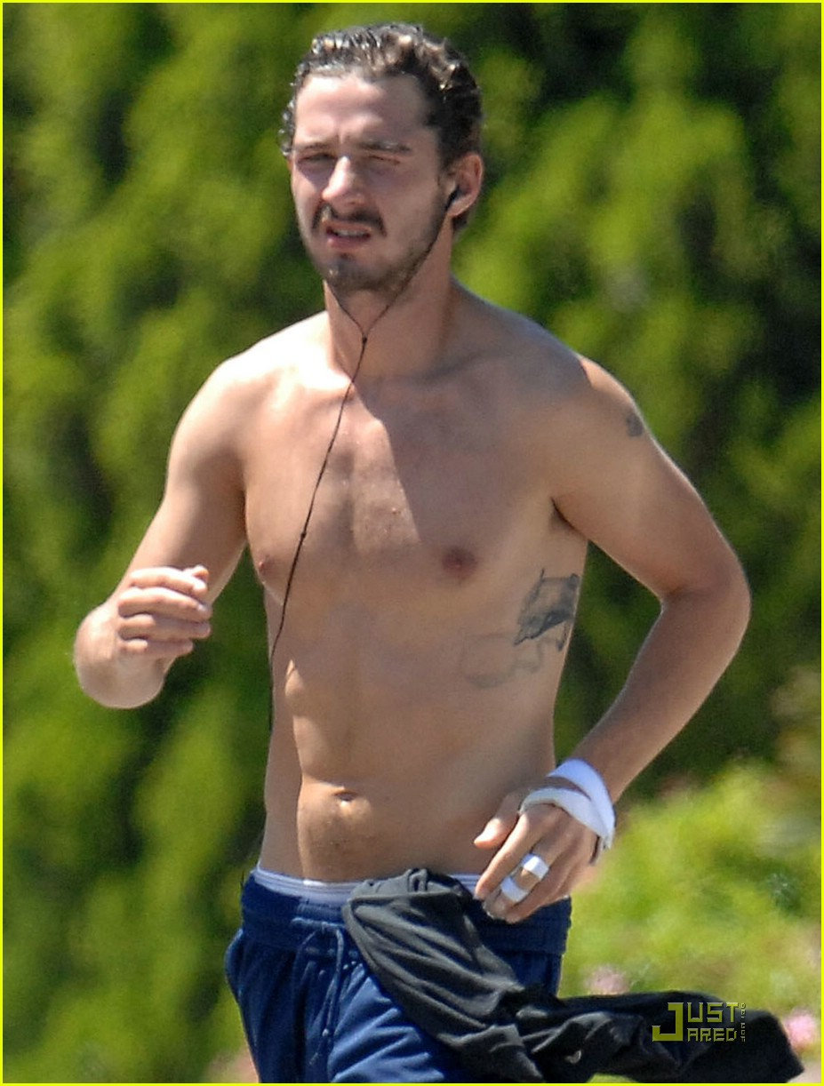 shia labeouf shirtless running 10