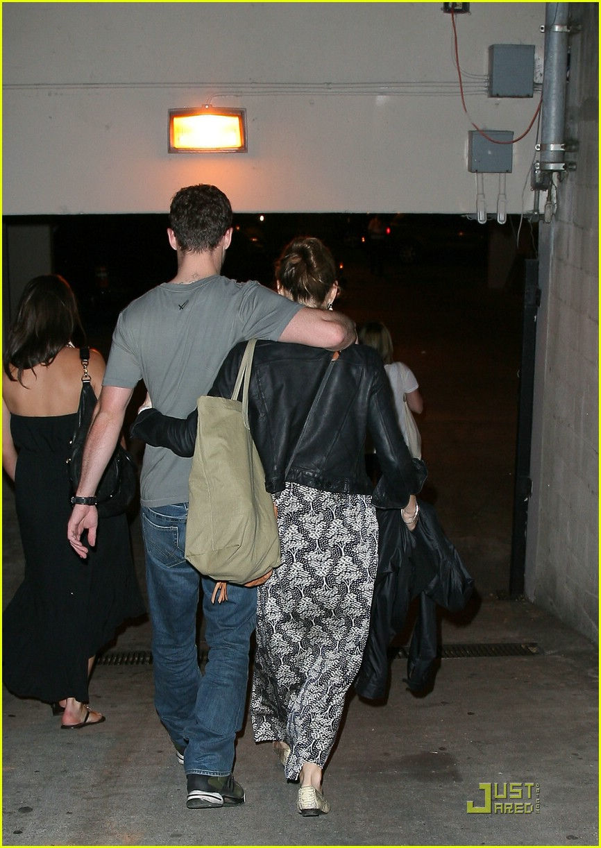 justin timberlake jessica biel hollywood bowl 01