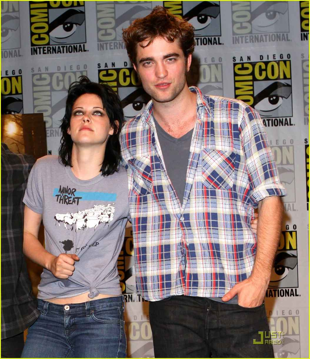 twilight cast comic con convention 022070931
