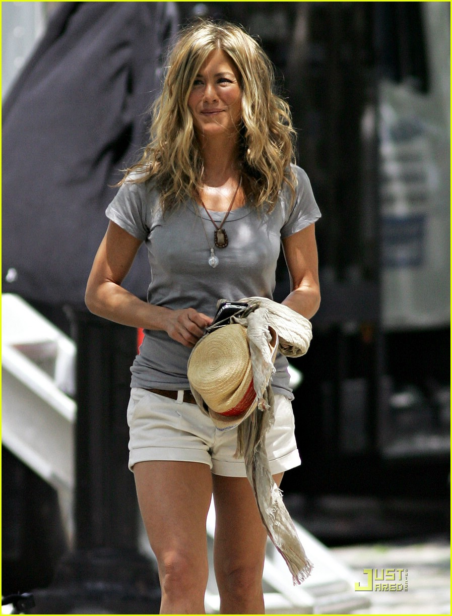 jennifer aniston perky 12