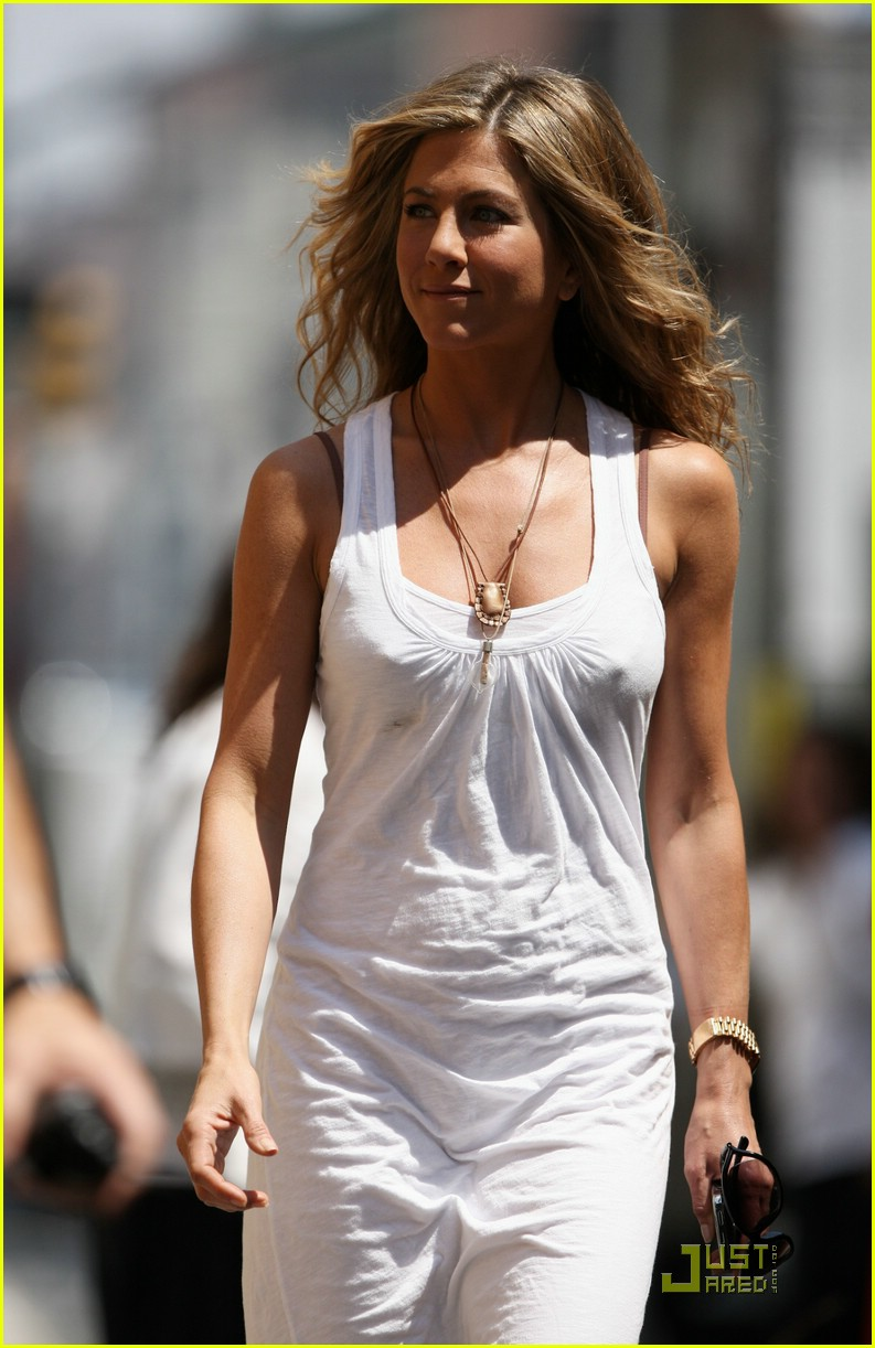 jennifer aniston white out woman 01