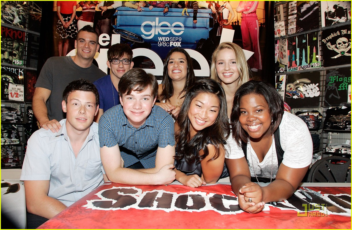 gleek tour natick mall boston 05