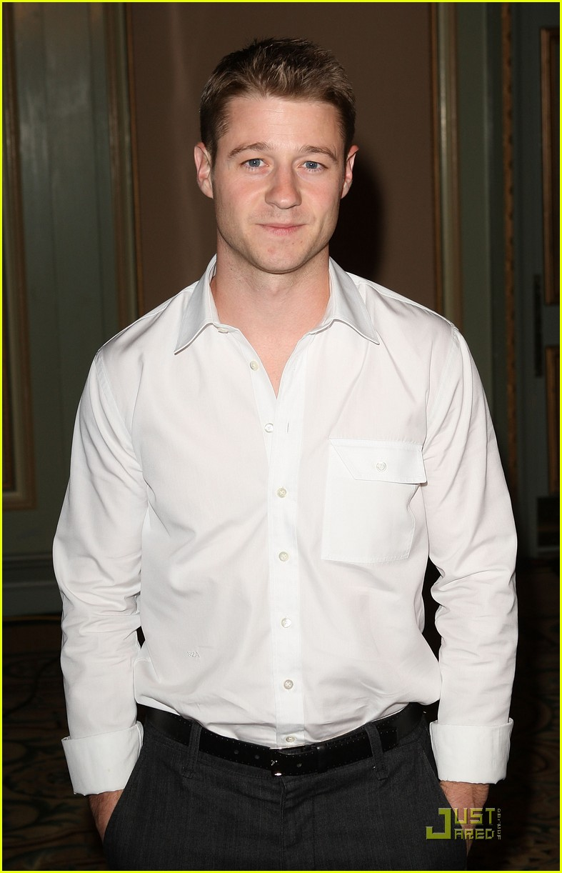 benjamin mckenzie nbc all star party 09