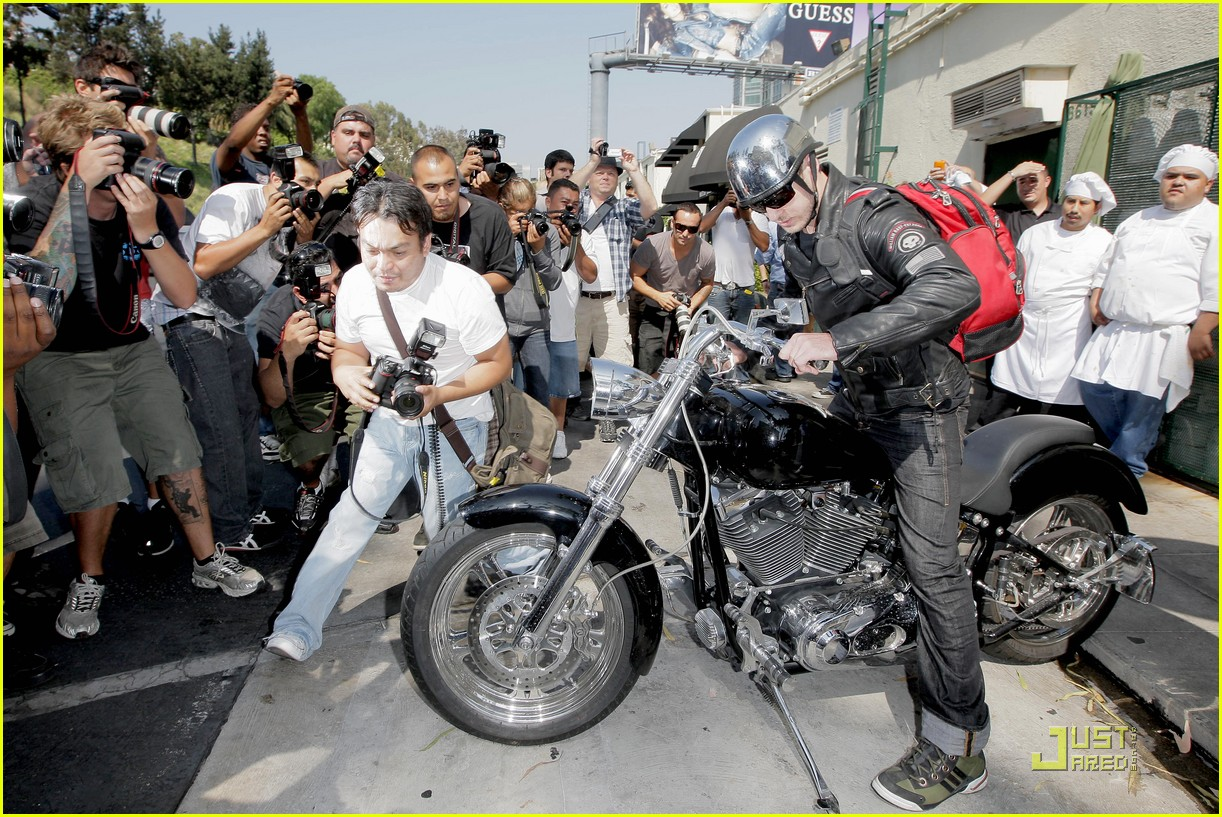 justin timberlake motorcycle 02
