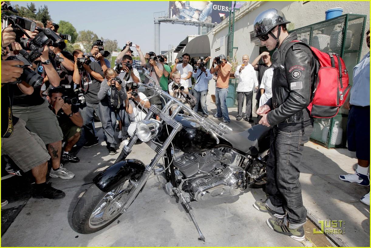 justin timberlake motorcycle 19