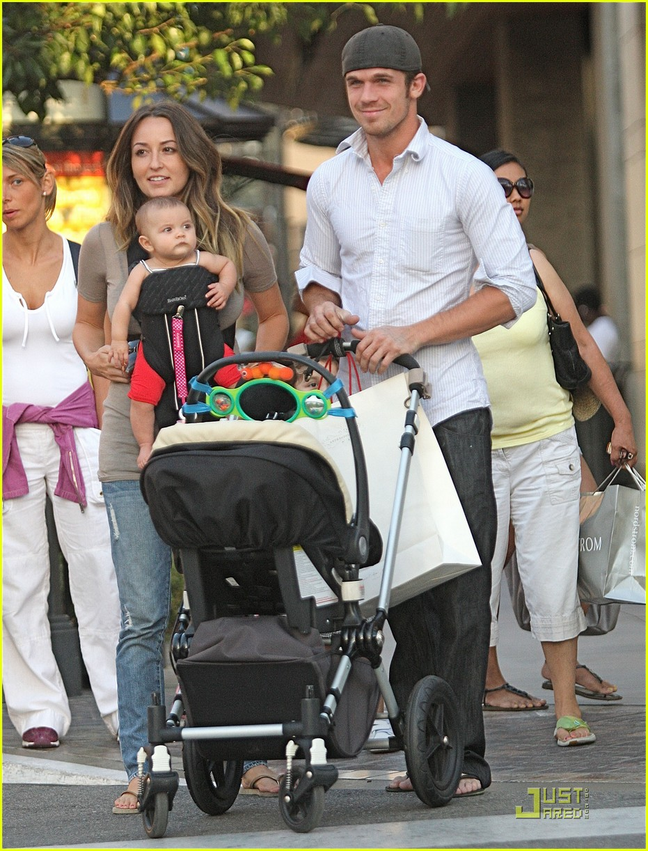 cam gigandet family fun 01
