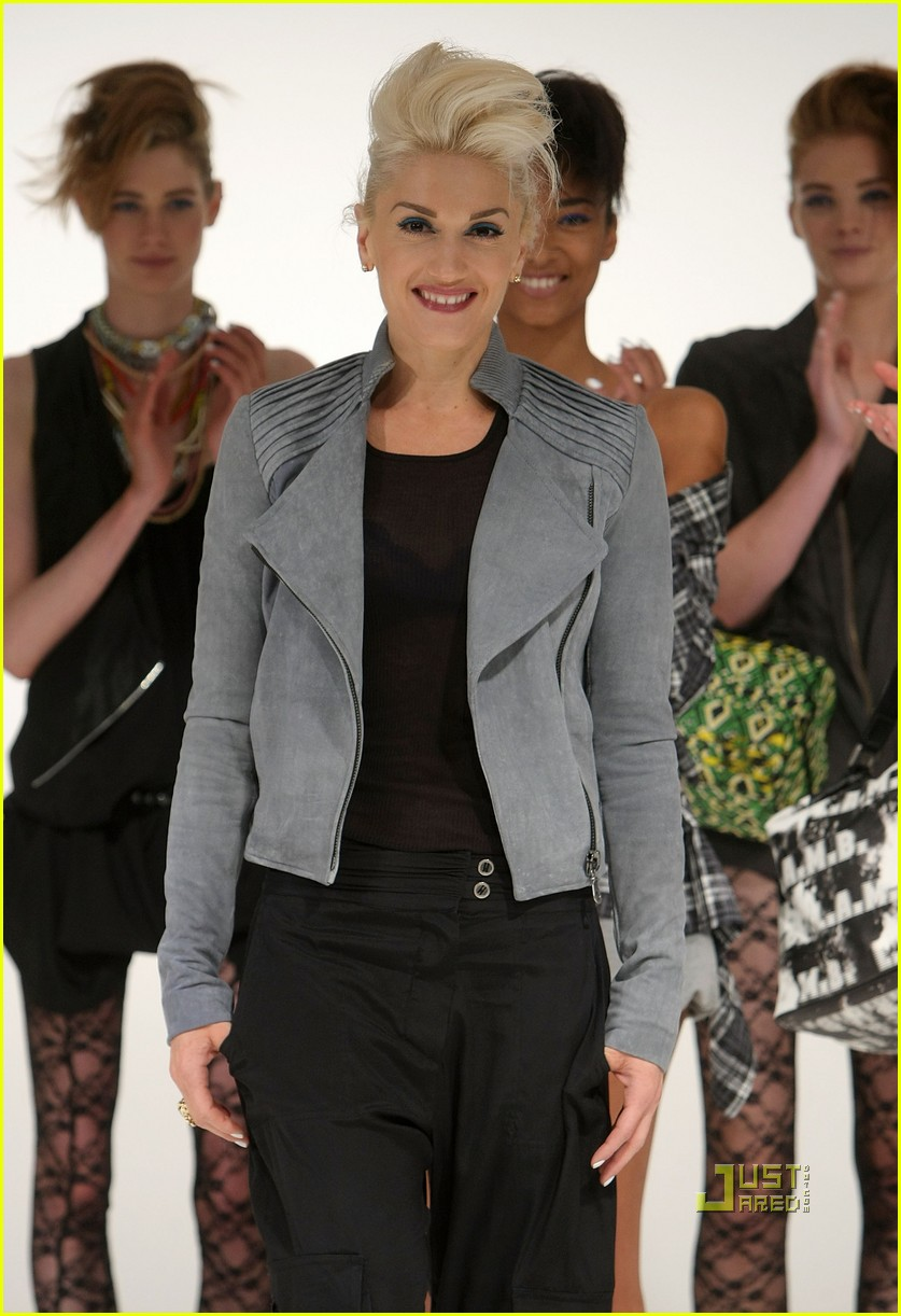 gwen stefani lamb ny fashion week 04