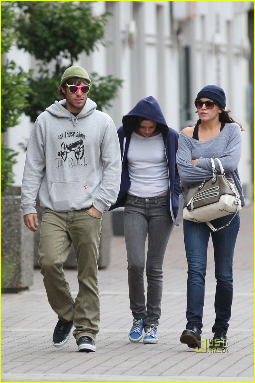 nikki reed paris latsis couple 05