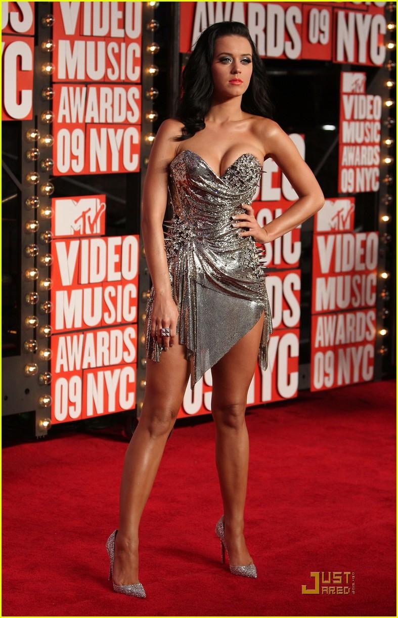 Katy Perry - MTV VMAs ... Katy Perry Roar