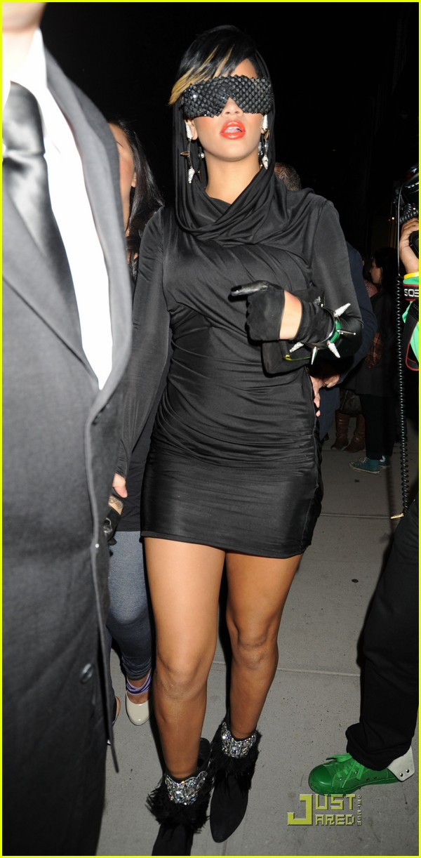 rihanna fashion week 08