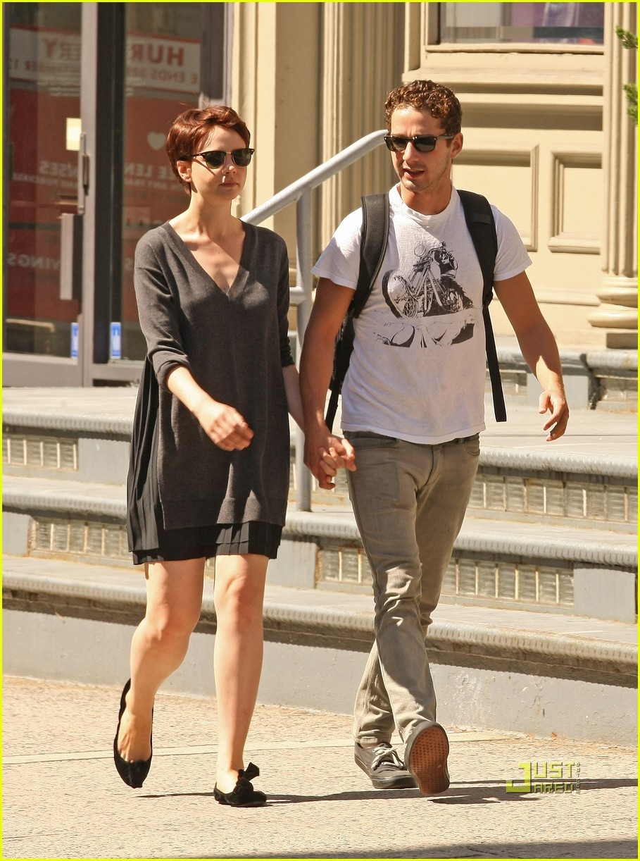 shia labeouf carey mulligan holding hands 08