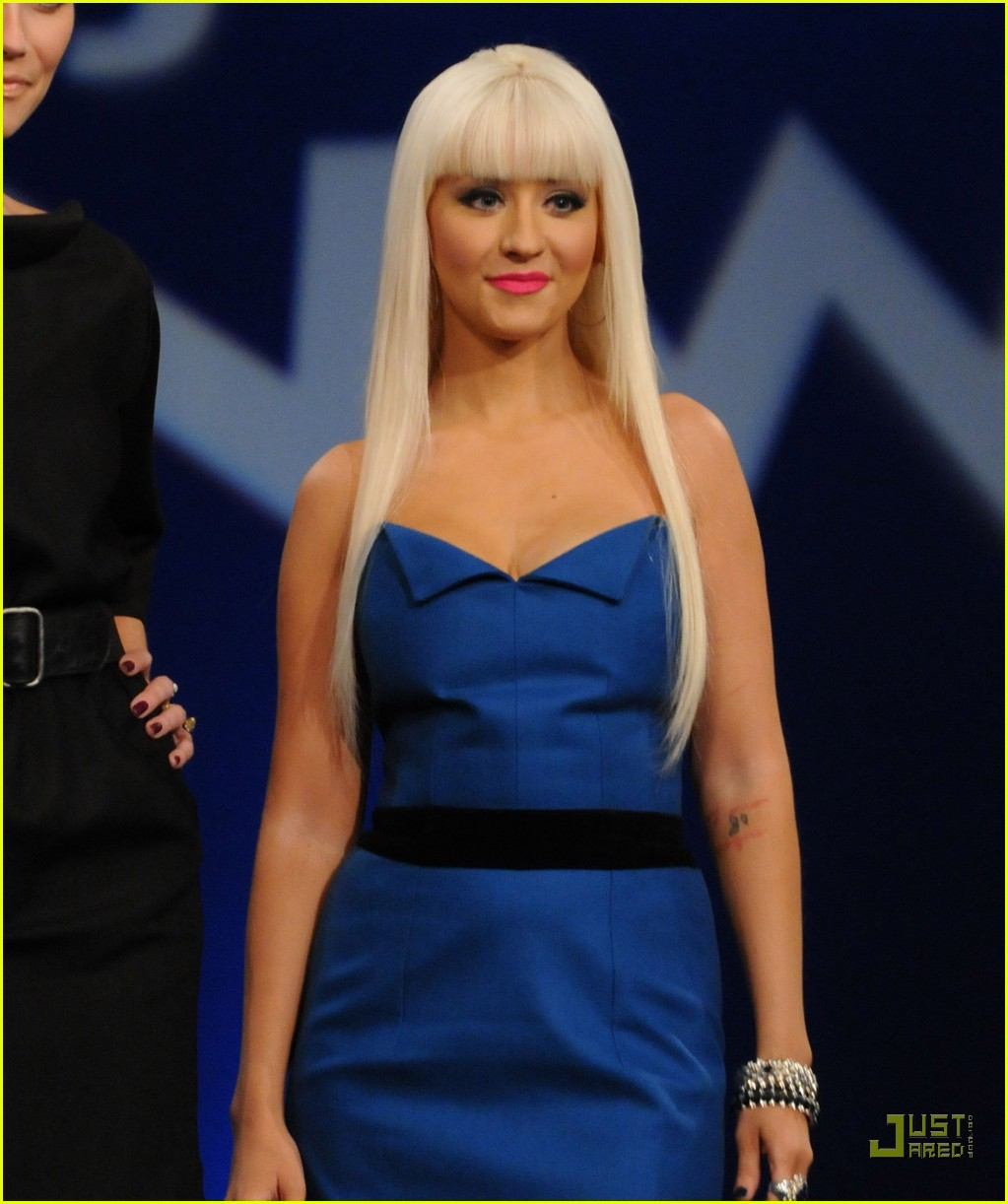 christina aguilera project runway 02