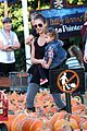 jessica alba honor warren pumpkin patch 15