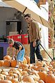 david boreanaz pumpkin picking 03