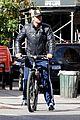 gerard butler soho biking 06
