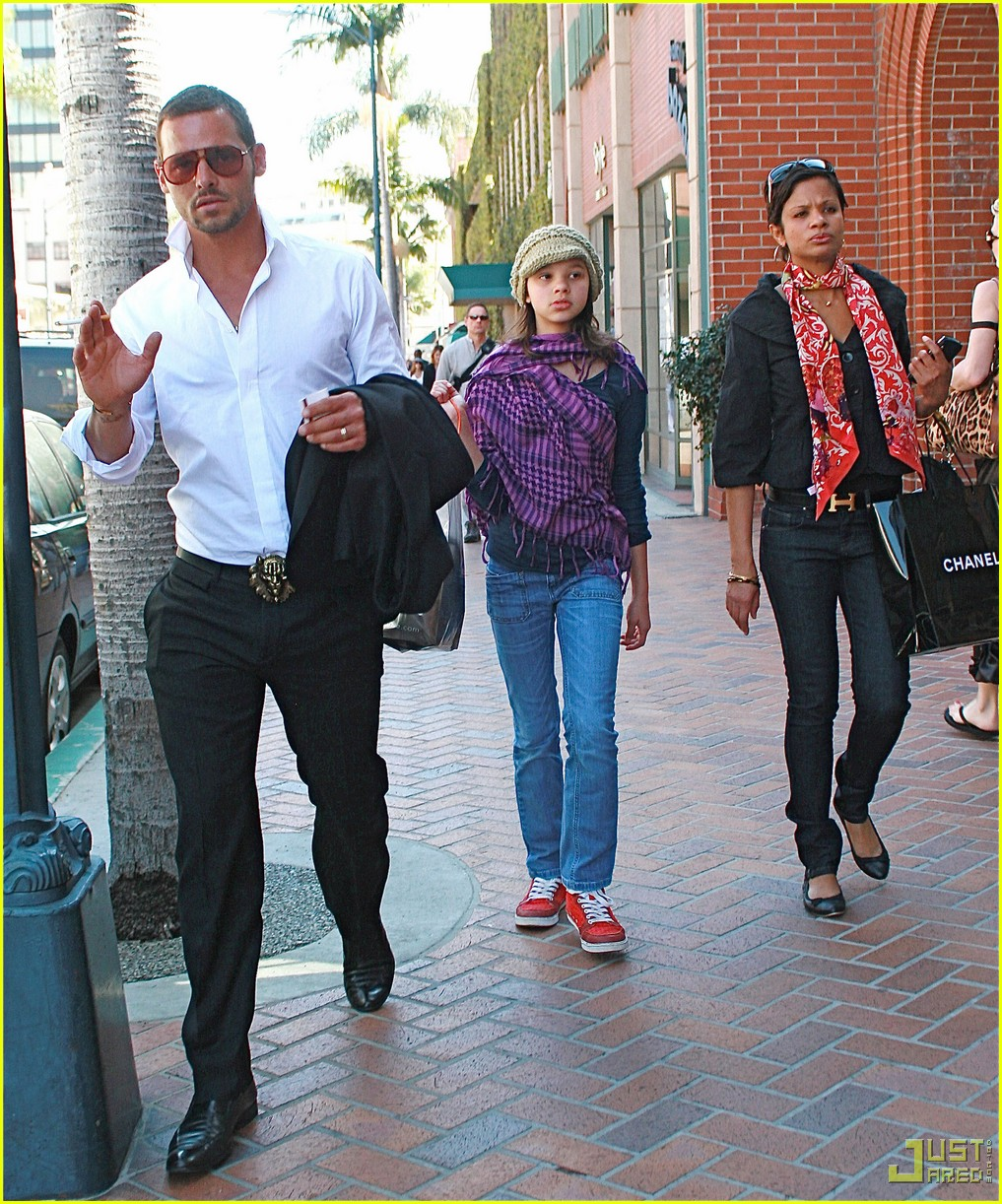 Photo of Justin Chambers & his  Daughter  Isabella Chambers