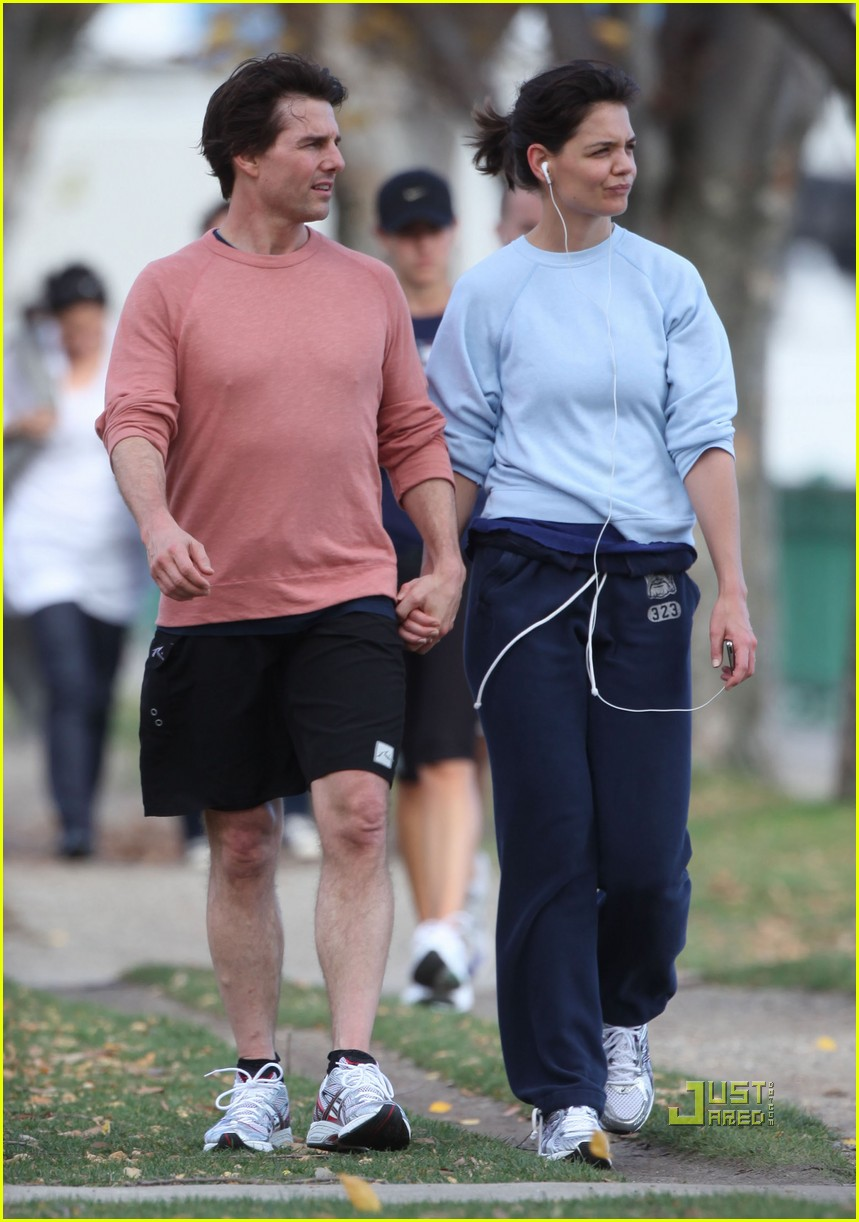 ¿Cuánto mide Tom Cruise? - Altura - Real height Tom-cruise-katie-holmes-halloween-run-18