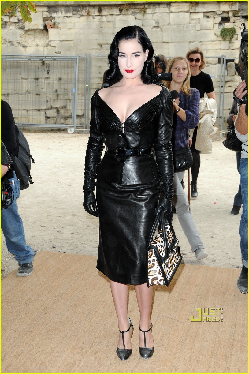 dita von teese domina leather dior 04