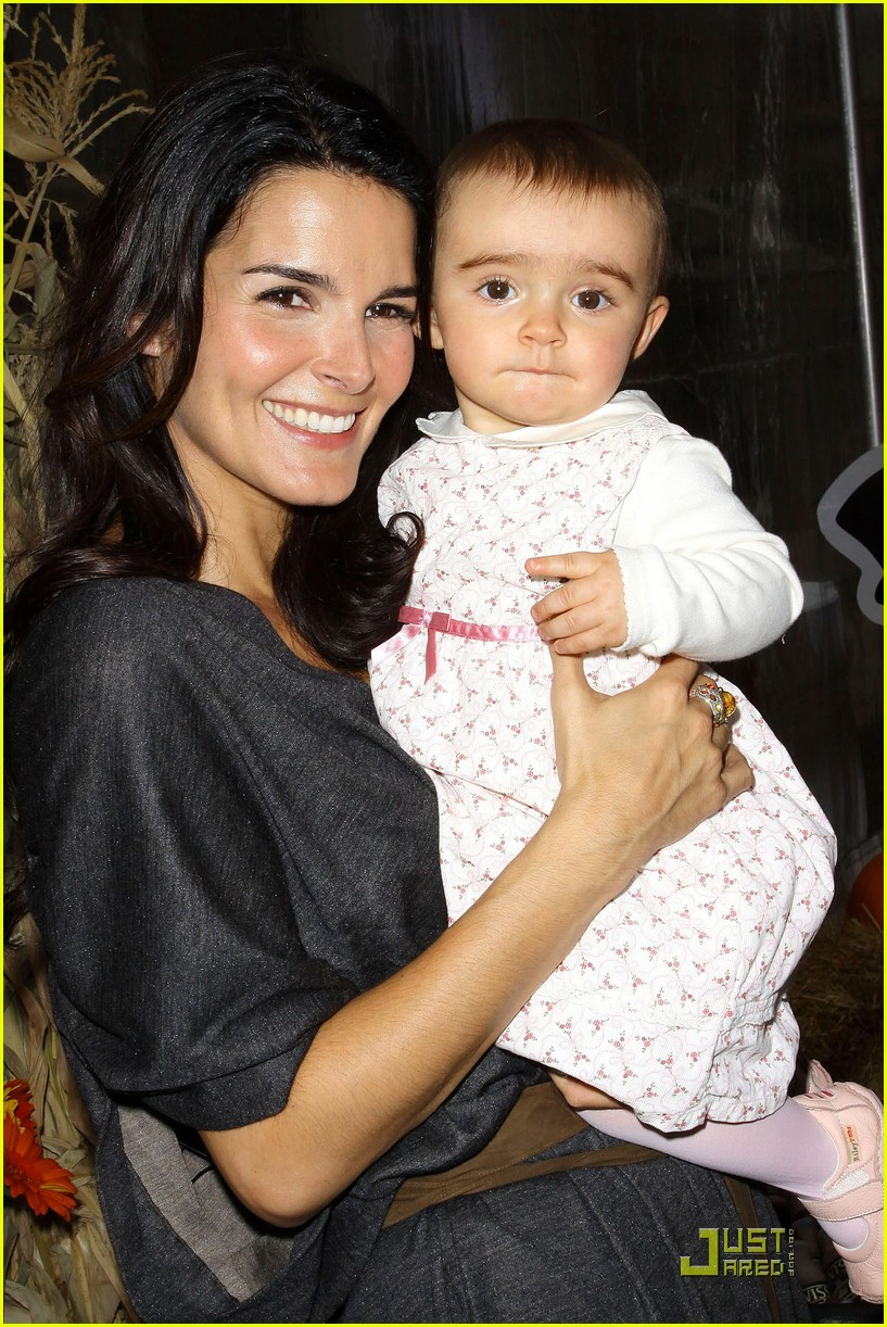 angie harmon celebrates chocolate milk 152285702
