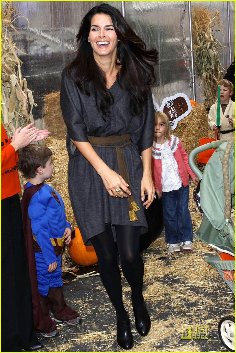angie harmon celebrates chocolate milk 242285792