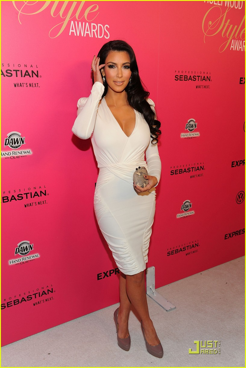 kim kardashian 2009 annual hollywood style awards 02