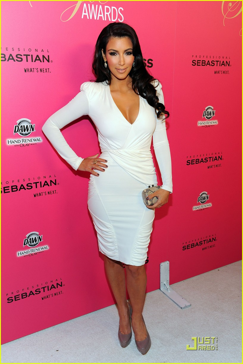 kim kardashian 2009 annual hollywood style awards 20
