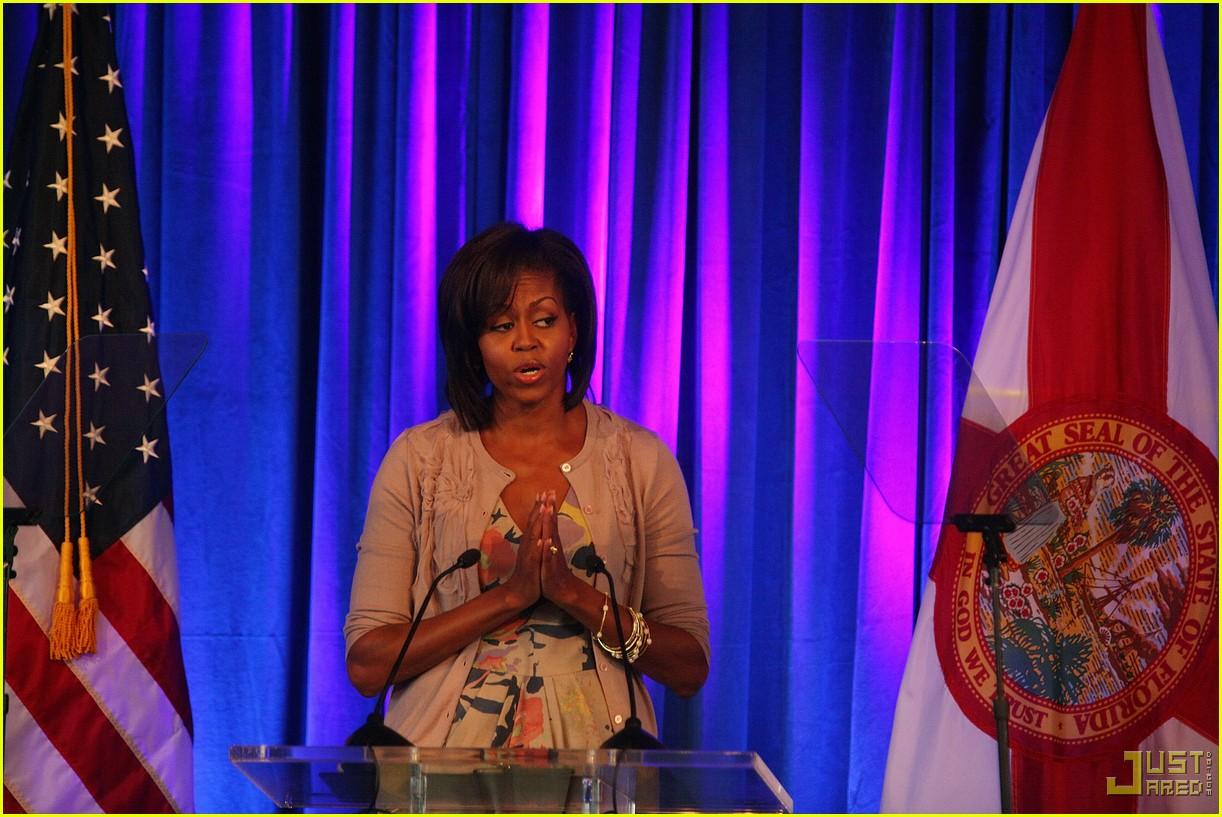 michelle obama prayer luncheon 09