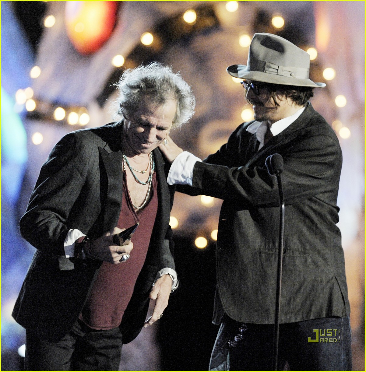 johnny depp keith richards rock immortal scream awards 24
