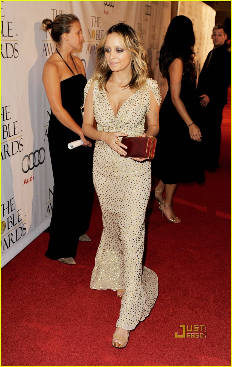 nicole richie noble humanitarian awards 14