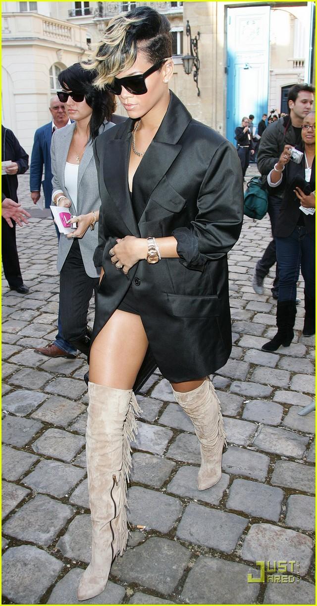 rihanna vivienne westwood paris fashion week 10