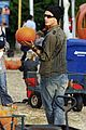 kingston zuma rossdale pick pumpkins 20
