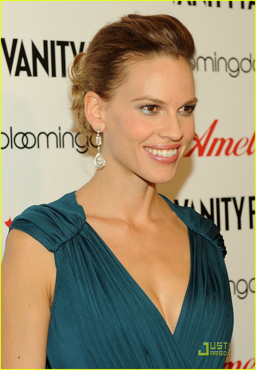 hilary swank is amelia earhart 01