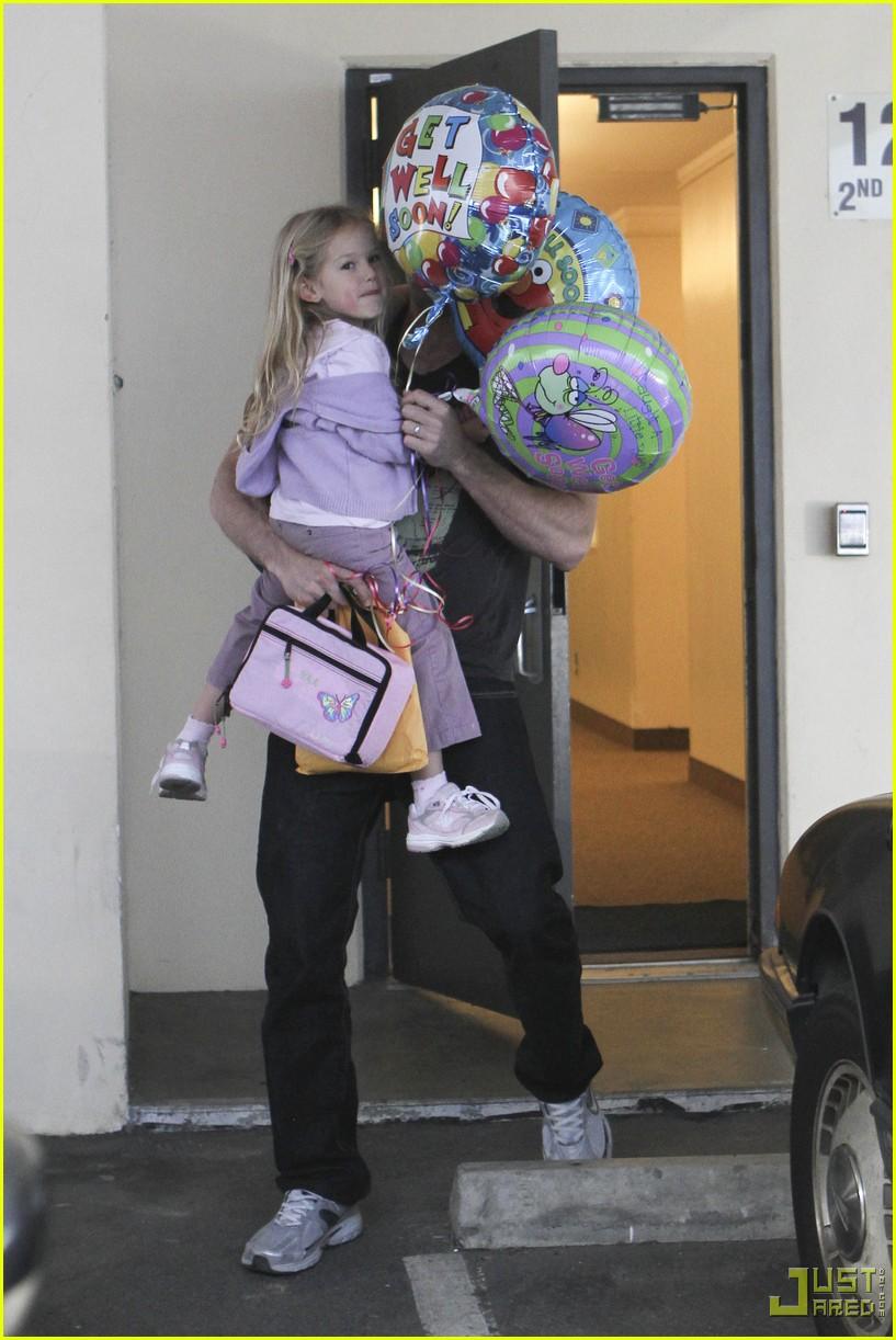 ben affleck violet balloons 13