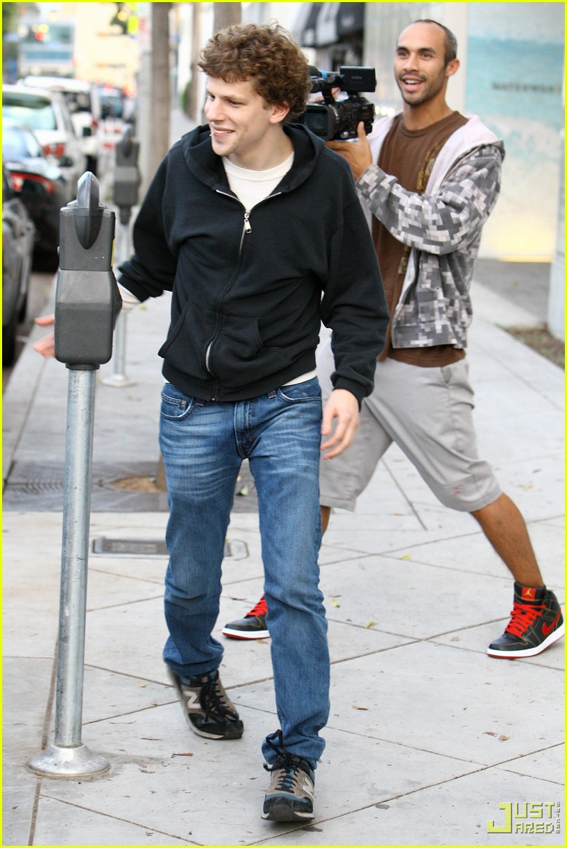 jesse eisenberg justin bartha lunch 042339072